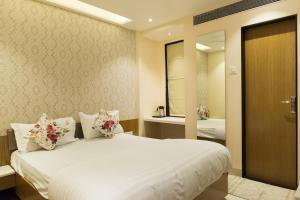 Hotel Sangat Regency, Отели  Бхопал - big - 16