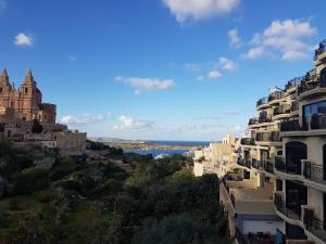 Mellieha sea and land view apartment, Apartmány  Mellieħa - big - 15