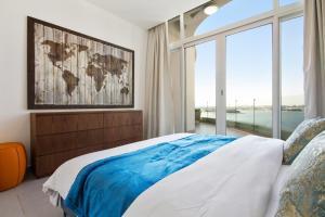 Bespoke Residences - Royal Bay..