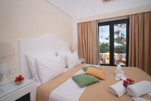Sellada Beach Hotel(Perissa)