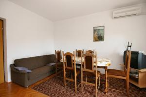Apartment Novi Vinodolski 5540a, Апартаменты  Нови-Винодолски - big - 3