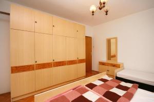 Apartment Novi Vinodolski 5540a, Апартаменты  Нови-Винодолски - big - 17