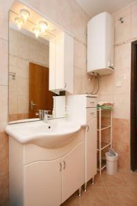 Apartment Novi Vinodolski 5540a, Апартаменты  Нови-Винодолски - big - 11