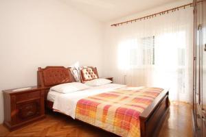Apartment Grebastica 8367a, Ferienwohnungen  Brodarica - big - 8