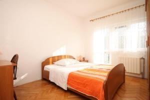 Apartment Grebastica 8367a, Ferienwohnungen  Brodarica - big - 12