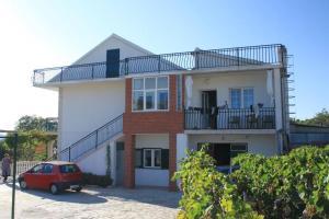 Apartment Grebastica 8367a, Ferienwohnungen  Brodarica - big - 19