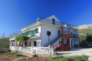 Apartment Grebastica 8367a, Ferienwohnungen  Brodarica - big - 1