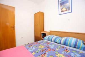 Apartment Vinisce 8659a, Apartmány  Vinišće - big - 4