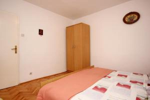 Apartment Vinisce 10006a, Ferienwohnungen  Vinišće - big - 3