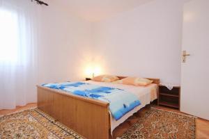 Apartment Vinisce 10006a, Ferienwohnungen  Vinišće - big - 14