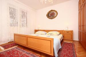Apartment Vinisce 10006a, Ferienwohnungen  Vinišće - big - 13
