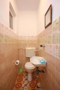 Apartment Vinisce 10006a, Ferienwohnungen  Vinišće - big - 6