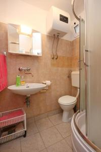 Apartment Vinisce 10006a, Appartamenti  Vinišće - big - 15