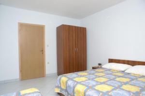Apartment Kustici 4087c