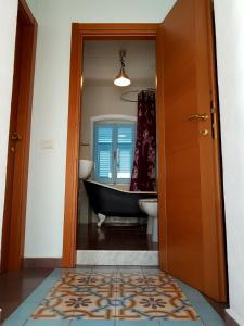 Villa la Foce, Holiday homes  La Spezia - big - 12