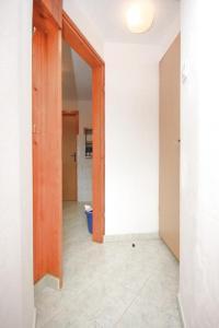 Apartment Stokovci 7457b, Апартаменты  Štokovci - big - 2