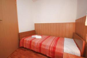 Apartment Stokovci 7457b, Апартаменты  Štokovci - big - 3