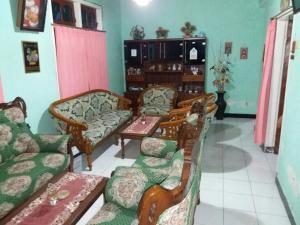 Sabuk Semeru Homestay, Alloggi in famiglia  Gunungsawar - big - 10