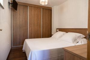 Apartamentos PARK, Apartments  Porto do Son - big - 5