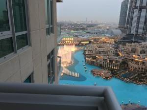 Yanjoon Holiday Homes - Burj Residence Apartments - Dubai