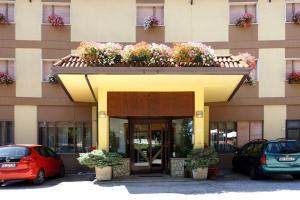 Family Hotel Como Rivisondoli, Hotels  Rivisondoli - big - 5