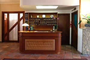 Family Hotel Como Rivisondoli, Hotels  Rivisondoli - big - 9
