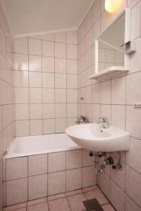 Apartment Podgora 6705c, Appartamenti  Podgora - big - 11