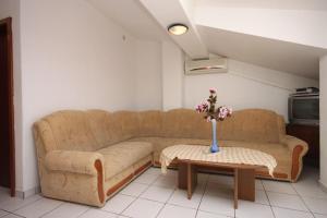 Apartment Podgora 6705c, Appartamenti  Podgora - big - 3