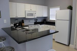 2950 Lucaya Village 4 Bedroom Townhouse, Holiday homes  Kissimmee - big - 16