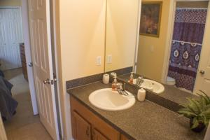 320 Highgate at Legacy Park 4 Bedroom Villa, Vily  Davenport - big - 11