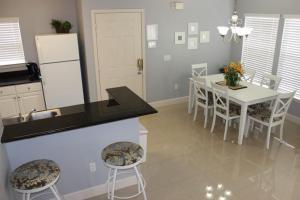 2950 Lucaya Village 4 Bedroom Townhouse, Ferienhäuser  Kissimmee - big - 4