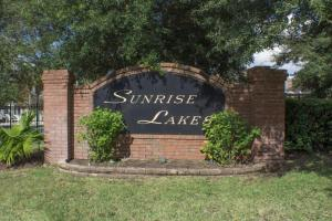 16907 Sunrise Lakes 4 Bedroom Villa, Vily  Davenport - big - 2