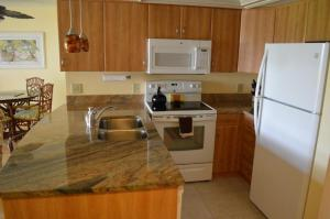 213F, Condo at Sarasota, with Intercoastal Waterway View, Дома для отпуска  Сиеста-Ки - big - 2