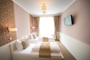 Hotel Golfi, Hotel  Poděbrady - big - 7