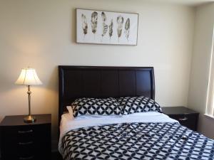 obrázek - 2 BEDROOM 2 Bathroom Best Value Prime Location in Missisauga