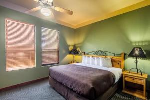 Clarion Inn & Suites Mission, Hotels  Mission - big - 6