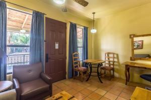 Clarion Inn & Suites Mission, Hotels  Mission - big - 7