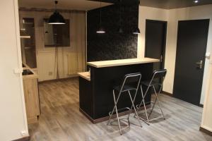 APPARTEMENT PLACE LECLERC - Apartment - Besançon