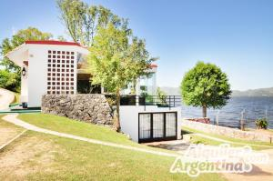 Casa del Lago, Ferienhäuser  Villa Carlos Paz - big - 17
