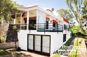 Casa del Lago, Ferienhäuser  Villa Carlos Paz - big - 7