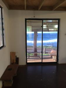Ocean front artist loft, Holiday homes  Hanga Roa - big - 5