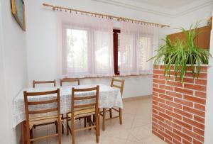 Apartment Senj 5562a