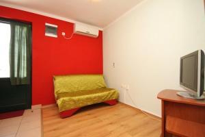 Apartment Guduce 8240a