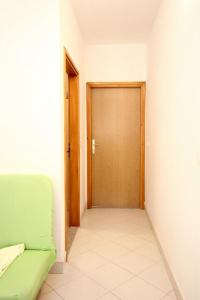 Apartment Poljica 10010c, Apartmány  Marina - big - 5