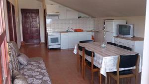 Apartment Uvala Dragisina 12150a, Apartmanok  Pristanišće - big - 5