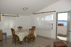 Apartment Seget Donji 2041c