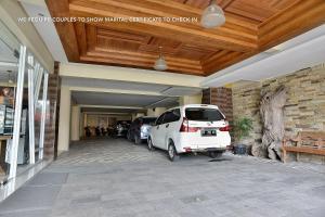 ZEN Rooms Ambarukmo Plaza Syariah, Hotels  Yogyakarta - big - 21