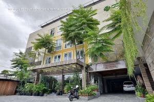 ZEN Rooms Ambarukmo Plaza Syariah, Hotels  Yogyakarta - big - 14