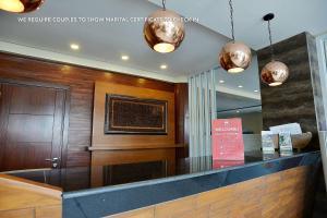 ZEN Rooms Ambarukmo Plaza Syariah, Hotels  Yogyakarta - big - 7
