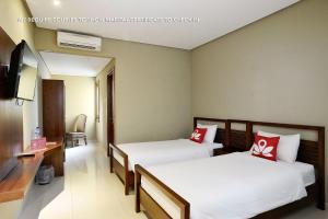 ZEN Rooms Ambarukmo Plaza Syariah, Hotels  Yogyakarta - big - 4